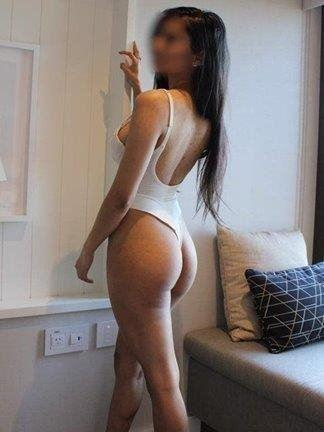 hot Sexy busty 22yo girl new to Southport