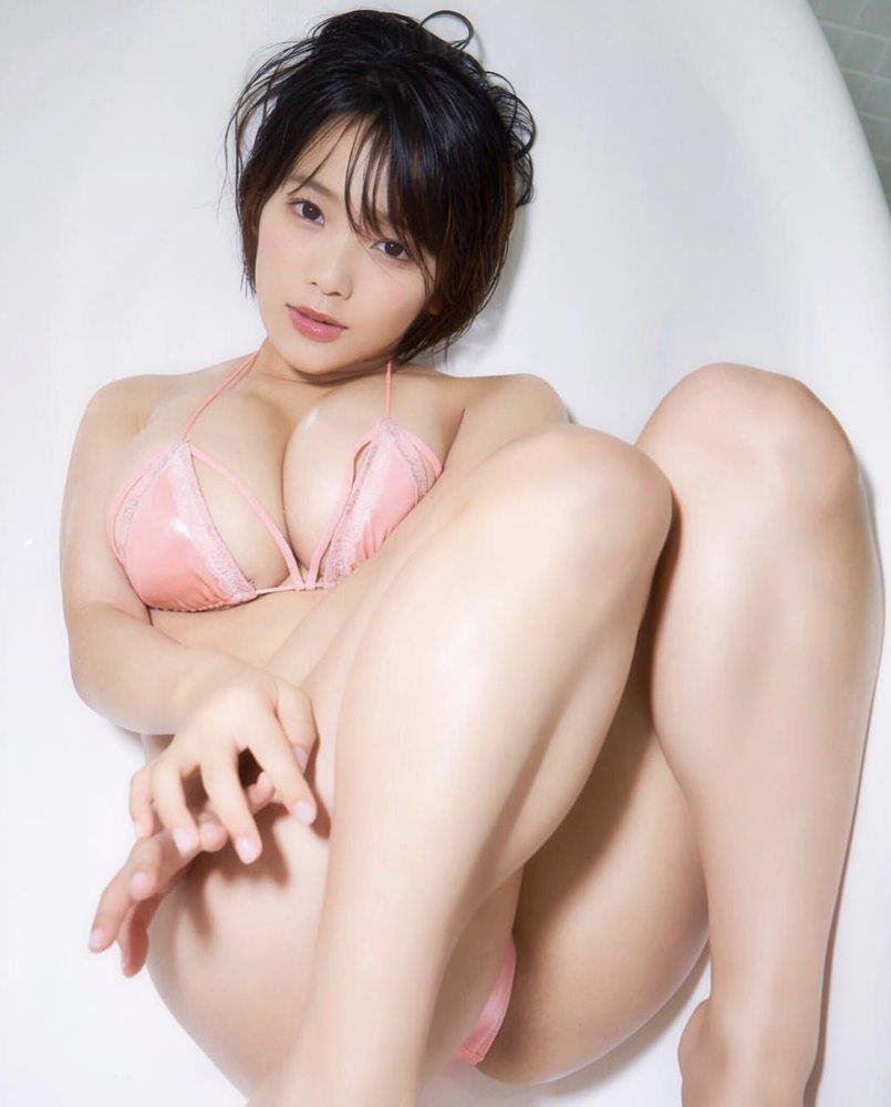 Cute Busty Beautiful nice smooth skin 💖LovE 2 mEet u soOn