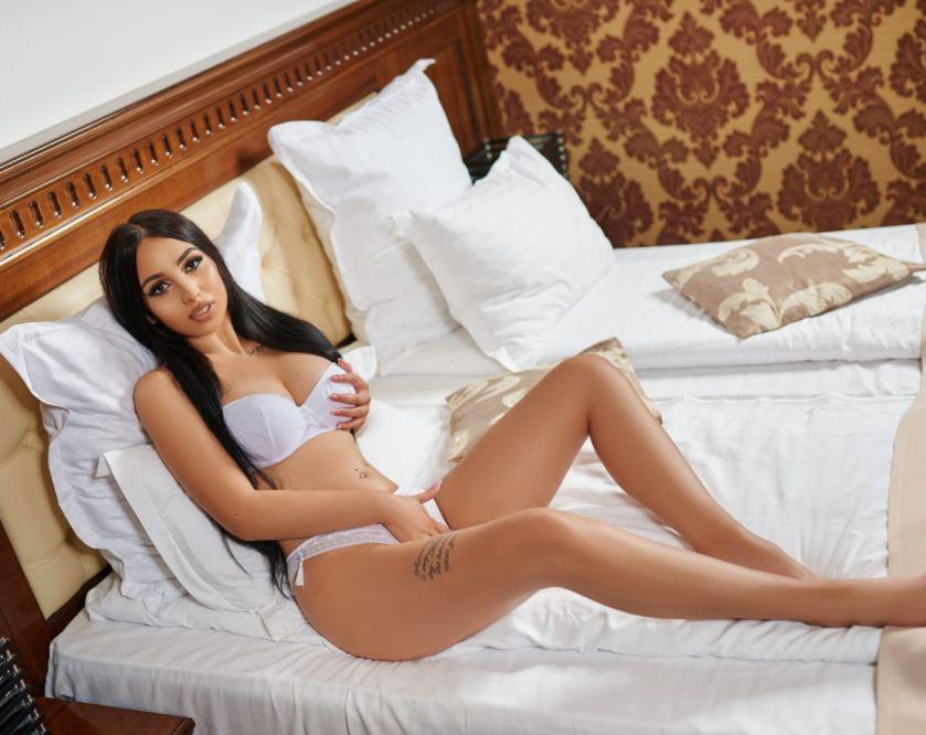 Jennyfer. New in town. Outcall