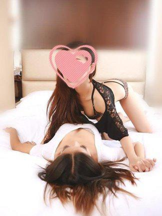 2 girls petite sexy slutty Sweet and Fun New incall outcall