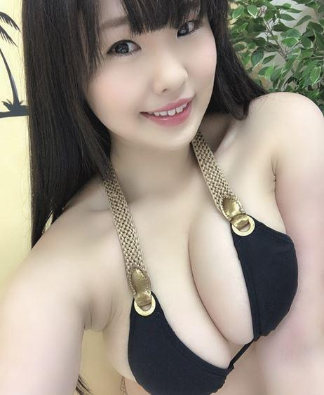 our dream Beauty JAPAN-TAIWAN mixed One Horny Bitch