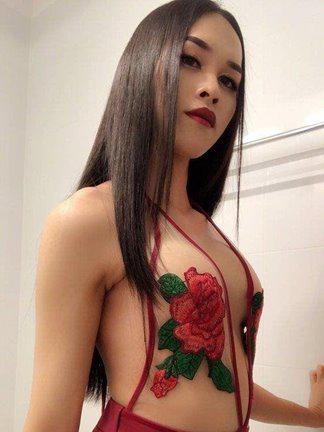 Hana Hottest Asia Ladyboy in Wollongong 👅🍆💦