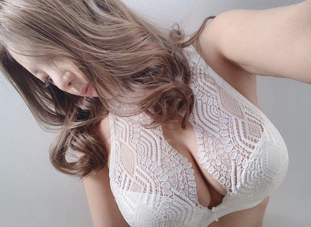 24 hours ! back Door! !passionate◣ ◥◣◥◣◥◣◥ busty New in town shaven sexy doll