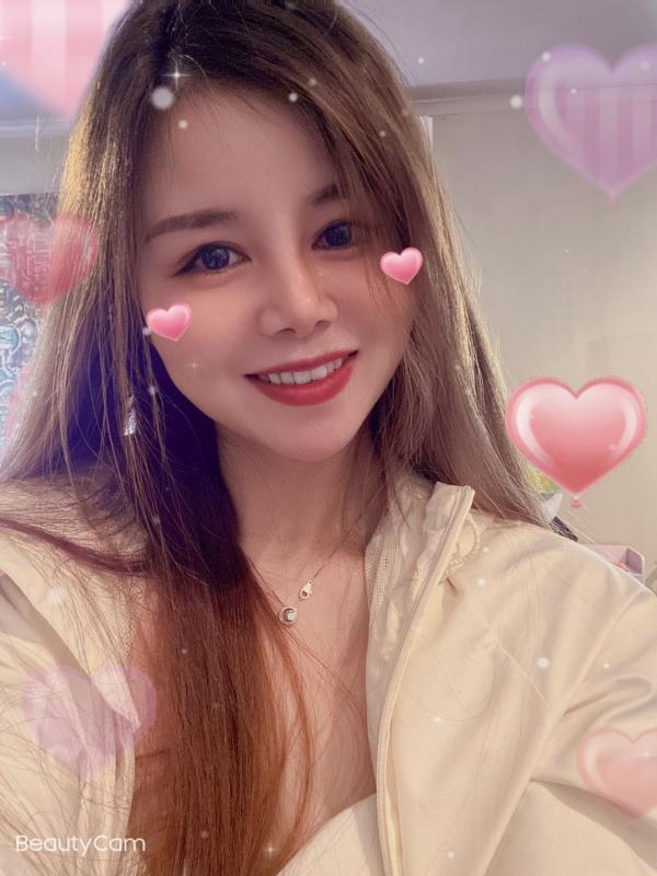 SissyYoung and Beautiful