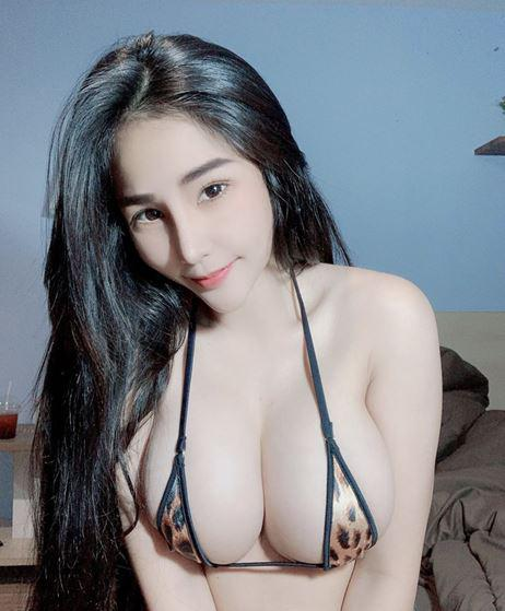 BUSTY! Natural D CUP! Sexy, seductive, horny and wild fun ! Come to join me now if you are Craving
