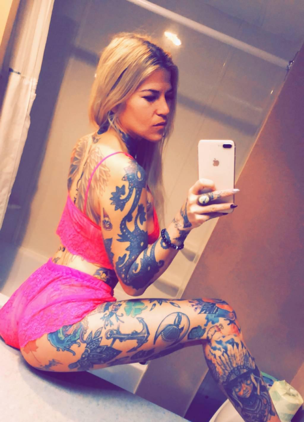 Kandy back in NANAIMO ,tattooed goddess