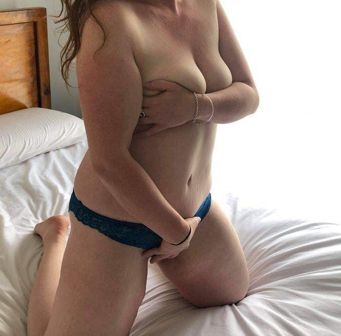Nice girl turned bad and ready to be your Sex Kitten! Busty Brunette Hartley