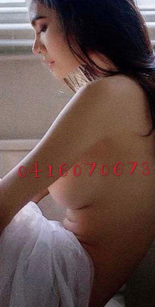 I am very pretty and Friendly. I'm sugar baby offering a passionate and relaxing experience