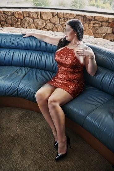 Tori Lion - sexy and Seductive